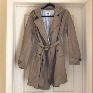 Old Navy maternity tan belted trench coat Medium